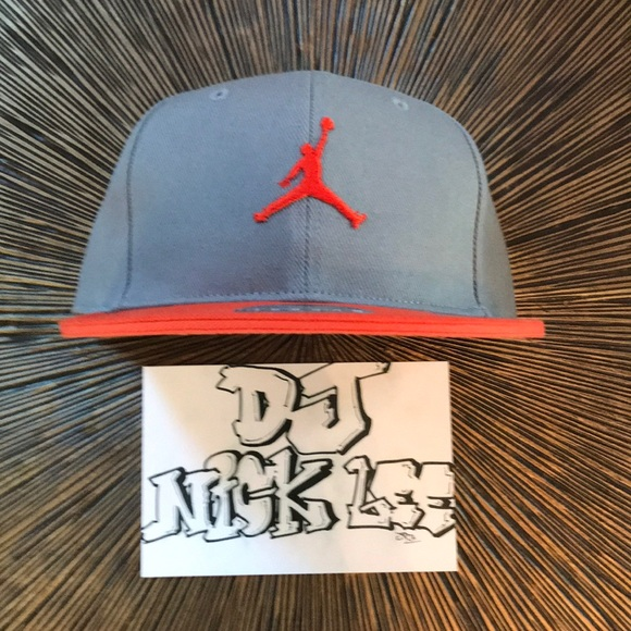 580579e289afa8 Nike Air Jordan Adult Unisex Fitted Hat 7 1 4